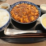 四川家庭料理 中洞 - ・中洞特性麻婆豆腐 1000円(税別)