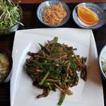 中華料理 香香 - 青椒肉絲定食700円