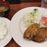 カフェ アラビカ - 手作メンチカツ定食\800