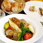 今月の魚料理 旬野菜のグリル