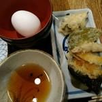 海鮮や 十兵衛 - 天ぷら、生卵