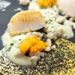 92647871 - ウニが調味料のように使われる。とろりとした茄子ソースに蕎麦米、まさに和食の風合い2