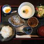 和久 - とろろ丼セット/720円