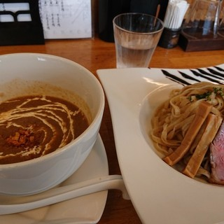 麺麓menroku - 料理写真:鴨つけそば
