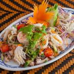クワンチャイ タイ食堂茶屋町店 - シーフードのタイ風サラダ