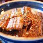 あつた蓬莱軒 - 鰻丼 特上