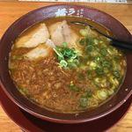 ラーメン横綱 - 料理写真:カレーラーメン  ¥700