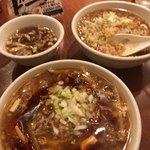 92665293 - 「ミニあんかけ炒飯(420円)」「ミニ酸辣湯麺(420円)」「無料スープ」の三点セット! 大満足!