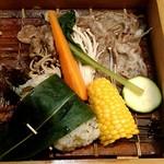 門前茶寮彌生座 - 長野牛と野菜のせいろ蒸し