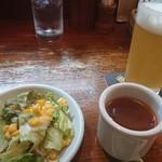 92684475 - 瀬谷の小麦ビール、ランチスープ、ランチサラダ