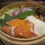 くずし割烹と個室 庵 - 金目鯛の蒸籠鍋