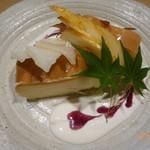 くずし割烹と個室 庵 - 濃厚チーズケーキ