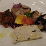 グランドゥーカ - 前菜は5種盛