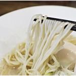 ヌードル マイスター 源九 - 細麺ですがコシ十分。