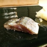 鮨 佐和 - 炙り秋刀魚\(* ¨̮ *)/