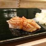 鮨 佐和 - 大きな赤貝(*^^*)