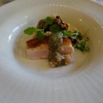 マーレキアーロ - フランス産ホロホロ鶏 カボチャ種のソース
