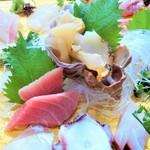 日本料理 魚夢 - 特選お刺身盛り合わせ2500円