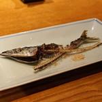 高太郎 - 秋刀魚の骨煎餅