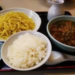 ラーメンロッジ - 肉汁つけ麺