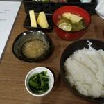 キッチン アユム - ごはん、丹生麺、デザート、天つゆ、漬物
