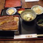 鰻乃路 - 料理写真:うな重(2,000円)+うざく(500円)