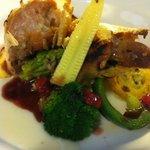 フランス食堂 フーヴェール - ランチのメインディッシュ ボリュームあり!