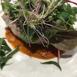 カジキマグロのグリエ タプナードとトマトソース
