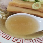 中華そば 上々 - 香り立つ円やかな煮干スープ