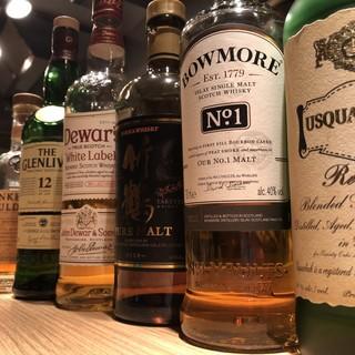 いろんなウィスキーが¥500で飲めちゃう!