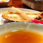 北海道料理蟹専門店 たらば屋 - カニ焼き