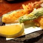 北海道料理蟹専門店 たらば屋 - カニの天ぷら