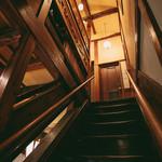 酒亭赤坂かねさく - 階段