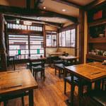 酒亭赤坂かねさく - 1階テーブル席(15名以上貸切)