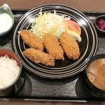 しゃくなげの湯お食事処 有明庵 - 大粒カキフライ定食