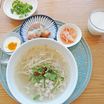 Rice people,Nice people! - 茹で鶏のライスヌードル1100円+セットドリンク200円 計1300円