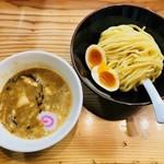 銀座 朧月 - 濃厚つけ麺・並200g(850円)