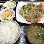 白頭山 - 生姜焼き定食500円