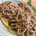 安江 - 料理写真:そば切り(大盛り) そば粉100% 自家製粉 石臼挽き