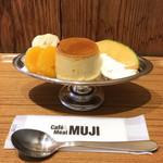 Cafe MUJI - 本和香糖のプリン・ア・ラ・モード(税込600円)