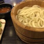 丸亀製麺 - 釜揚げうどんとかしわ天