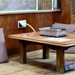 ぴんぴん亭 - テーブル席