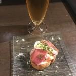クロッキオ - イチジク マスカルポーネ・生ハムのブルスケッタ 2ヶ700円