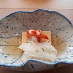 92735106 - 卵豆腐、車海老、素麺
