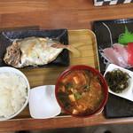 兼さん食堂 - 料理写真:朝定食 500円