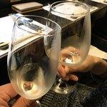 92738910 - 最初の一杯はスパークリングワインで