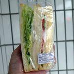 ステイフリー - ハムタマゴサンド485円