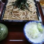 あづまや - 料理写真:ざる蕎麦600円