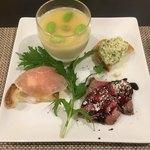 鉄板焼ダイニングKUNI - 前菜 和牛のタタキ、豆乳のプリン