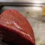 肉のヒマラヤ Teppan - 塊肉